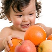 copiii trebuie sa consume mai multe fructe si legume