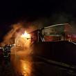 incendiu violent la un service auto la puchenii mari traficul pe dn1 complet blocat