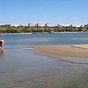 fenomen rar a aparut o noua insula in mijlocul dunarii