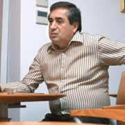 cine este milionarul care vrea privatizarea oltchim