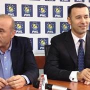 este oficial iulian dumitrescu  candidatul pnl la sefia consiliului judetean prahova