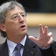 jean claude juncker votat presedinte al comisiei europene