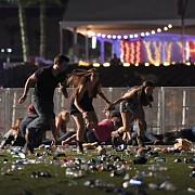 atac armat la las vegas in timpul unui festival de muzica country - cel putin 50 de morti si peste 200 de raniti