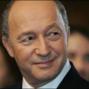 ministrul francez de externe si-a amanat vizita in romania