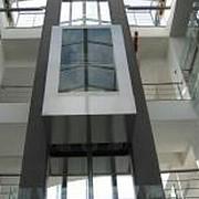 o companie romaneasca a inventat liftul care consuma cat un bec de veioza