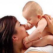 copiii nascuti de mame trecute de 40 de ani sunt mai inteligenti si mai sanatosi