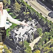 doi romani se bat pentru casa in care a murit michael jackson