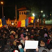 protestul facebook o noua revolutie manifestarile de protest au degenerat in violente