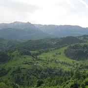 viitoarea sosea transcarpatica ar putea trece prin munte