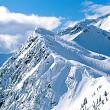 rataciti pe munte ajutati de salvatorii montani
