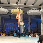 stripteuza natasha show-uri fierbinti la mamaia