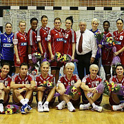 oltchim ramnicu valcea merge in semifinalele ligii campionilor la handbal