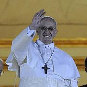 papa francisc este un mare iubitor al fotbalului