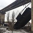 trafic feroviar blocat pasarela metalica prabusita peste calea ferata la gara de vest din ploiesti foto