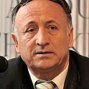 primarul pitestiului tudor pendiuc cercetat in arest la domiciliu