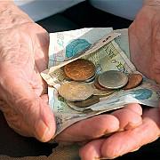 toate pensiile vor creste cu 375