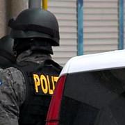 prejudiciu de 32 milioane de lei politistii fac perchezitii