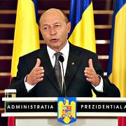 basescu amana numirea ministrilor noului guvern