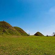 piramidele din romania - i