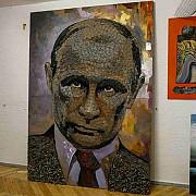 portretul lui vladimir putin facut din cartuse