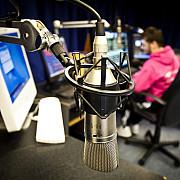 lege unica in lume un deputat cere subtitrare la radio