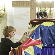 regele mihai inmormantat azi la curtea de arges familii regale din toata lumea il vor conduce pe ultimul drum