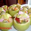 salata de fructe in cupe de mere