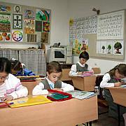 elevii se intorc la scoala