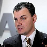 deputatul sebi ghita are interzis la parlament