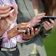 ce pot face hackerii cu telefonul tau fara sa stii
