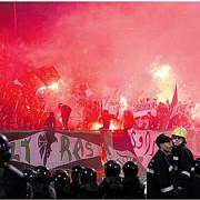 parlamentul european nu mai vrea huligani pe stadioane
