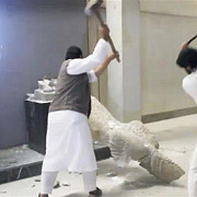 statul islamic distruge istoria lumii
