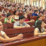 peste 7600 de studenti straini invata in romania