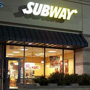 subway face primele angajari in romania