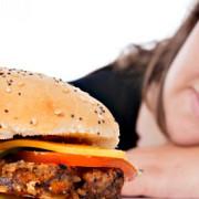 taxa pe fast-food si berea cu alcool luata in calcul de ministerul sanatatii