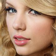 taylor swift a castigat 35 milioane de dolari in 2011
