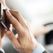 romanii vorbesc tot mai mult la telefonul mobil