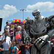 titan the robot a facut show in parcarea ploiesti shopping city