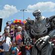 titan the robot a facut show in parcarea ploiesti shopping city