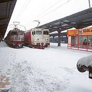 peste 140 de trenuri sunt anulate din cauza zapezii