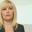 elena udrea vizitata in arest de mama sa si de ruxandra dragomir