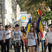 protest unionist la chisinau uniti salvam republica moldova