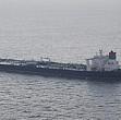aviatia militara libiana a atacat petrolierul pentru ca intrase intr-o zona de conflict