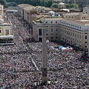 vaticanul va canoniza doi papi ioan al xxiii-lea si ioan paul al ii-lea