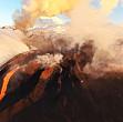 spectacol unic in kamchatka patru vulcani au erupt simultan