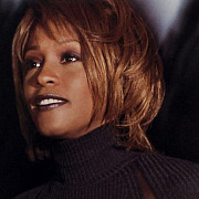 spectaculos whitney houston a avut un fiu secret