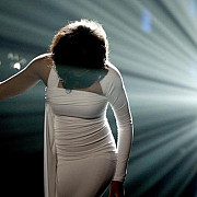 whitney houston a fost inmormantata  foto