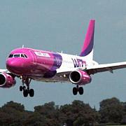 avion intors de urgenta pe aeroportul otopeni