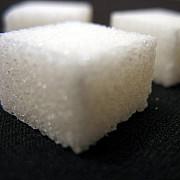 se cere supra-taxarea dulciurilor cate kilograme de zahar consuma un roman