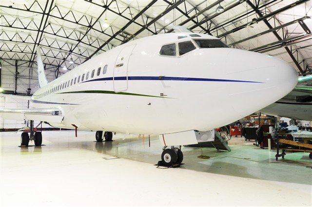 Boeing_737_200